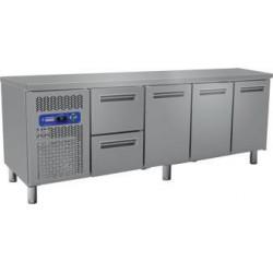 Table frigorifique 3 portes et 2 tiroirs 225 cm